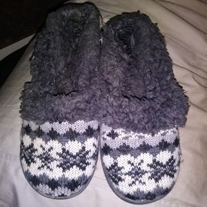 Muk Luk Slippers